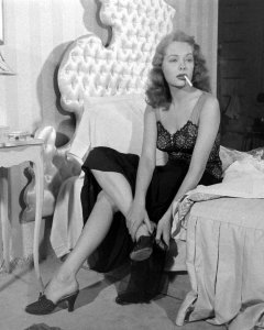 Jane Greer in Out of the Past 1947 (6)