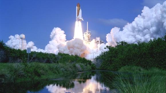 Space-Shuttle-Atlantis-launch